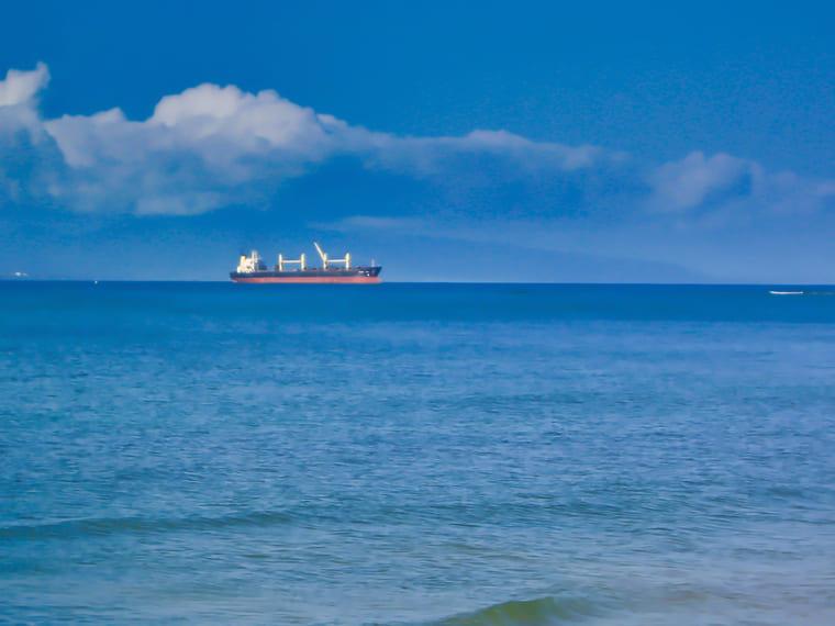 車を宮古島までフェリー輸送するときの料金目安と比較